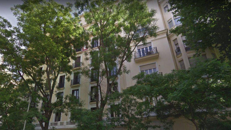 Fachada del edificio madrileño que venden los Franco.