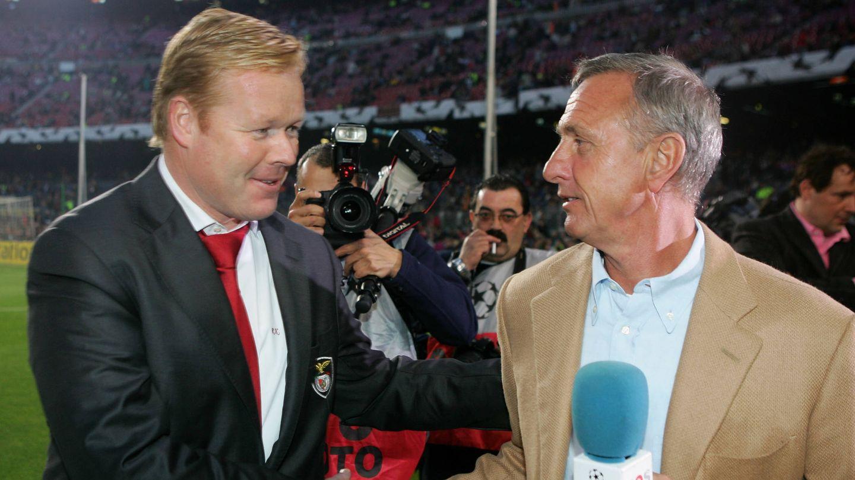 Koeman y Cruyff, en una imagen de 2006. (Getty)