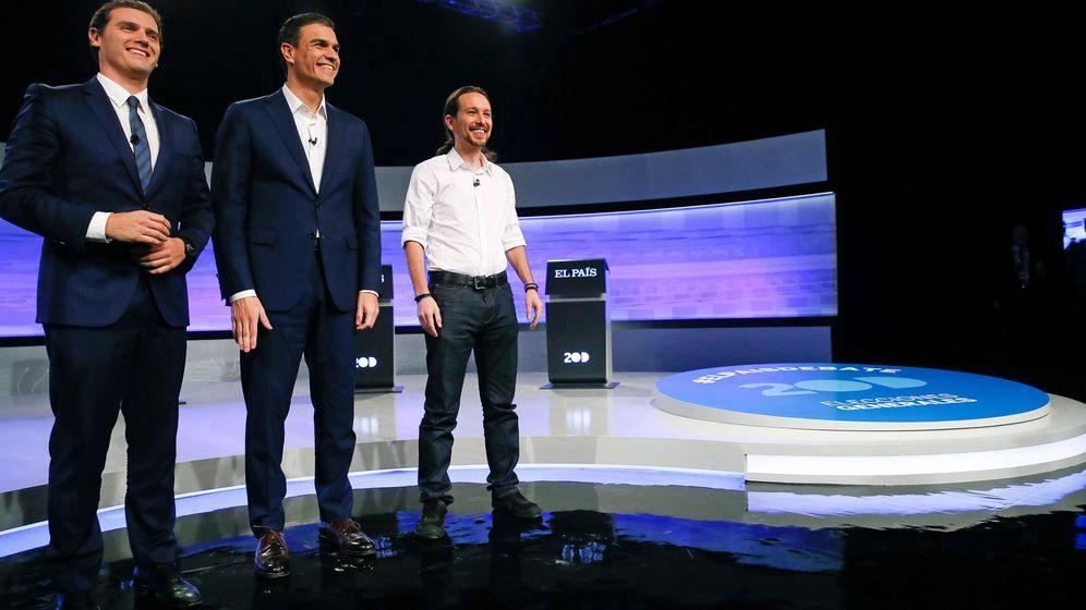 Foto: Albert Rivera, Pedro Sánchez y Pablo Iglesias, en el debate de 'El País' del pasado lunes. (EFE)