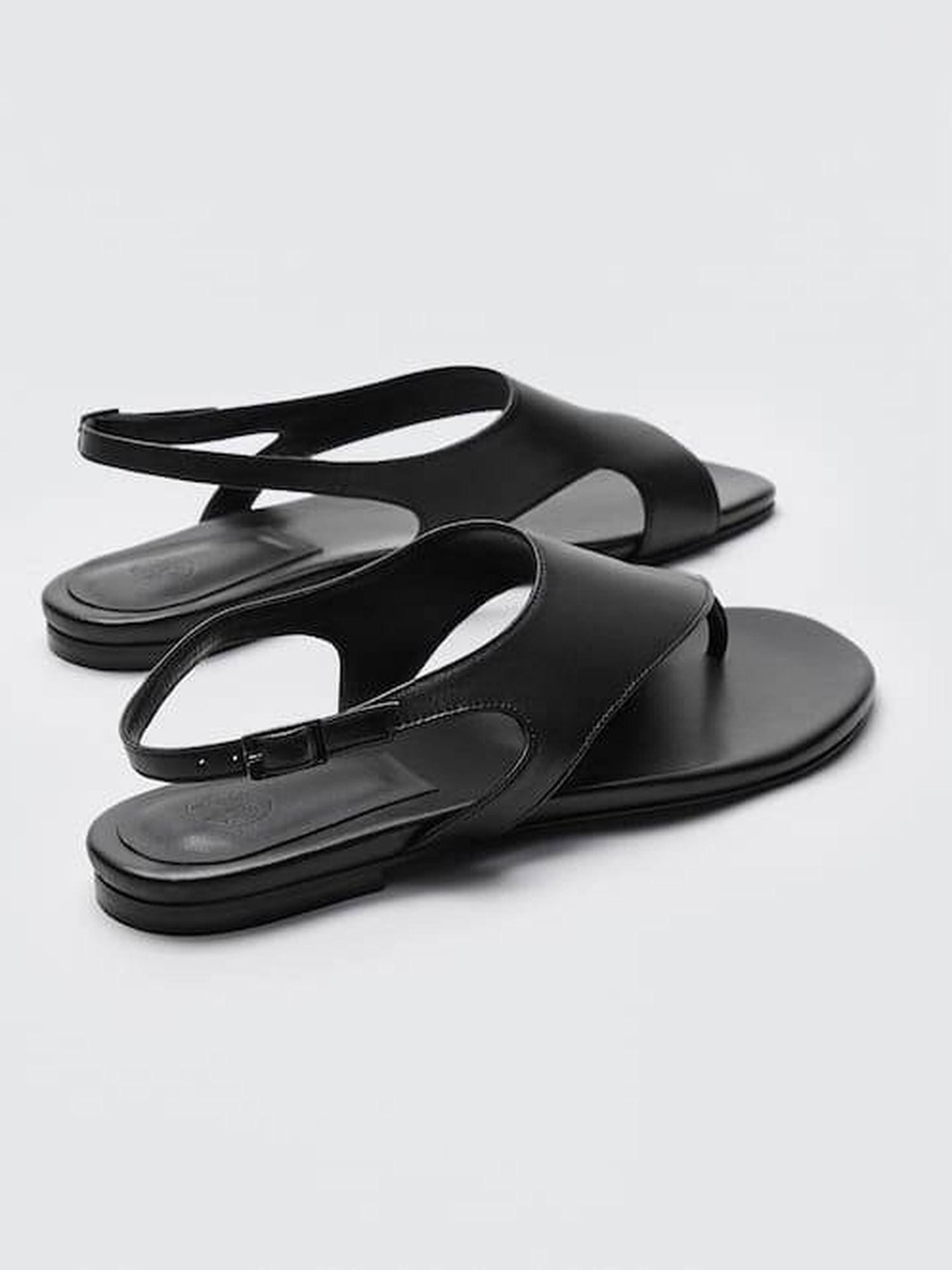 Las sandalias planas de la tienda online de Massimo Dutti. (Cortesía)