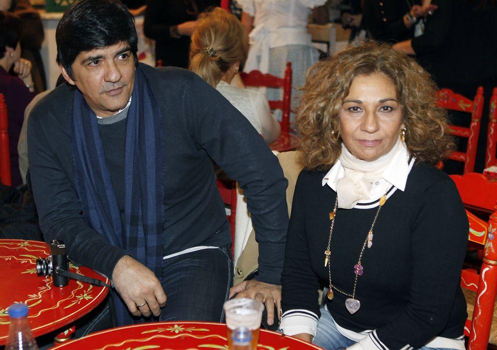 Foto: Lolita Flores y su marido, Pablo Durán, en el Rastrillo Nuevo Futuro (Gtres)