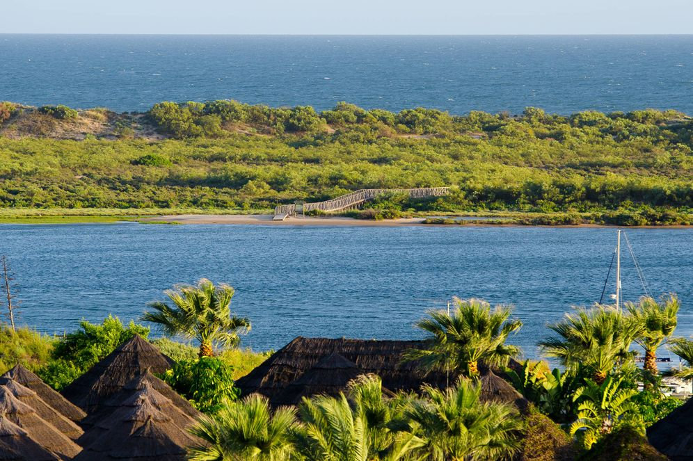 Foto: La vista del paraje natural del río Piedras desde el hotel Fuerte El Rompido. (Foto: Cortesía)