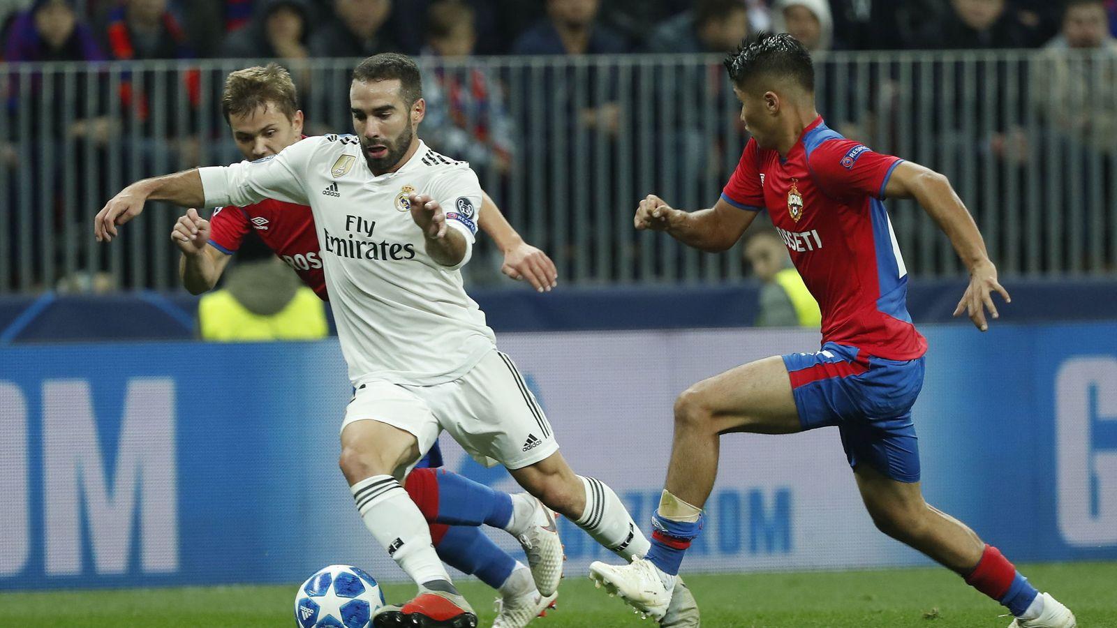Foto: Carvajal en una jugada durante el partido del Real Madrid contra el CSKA de Moscú. (Efe)