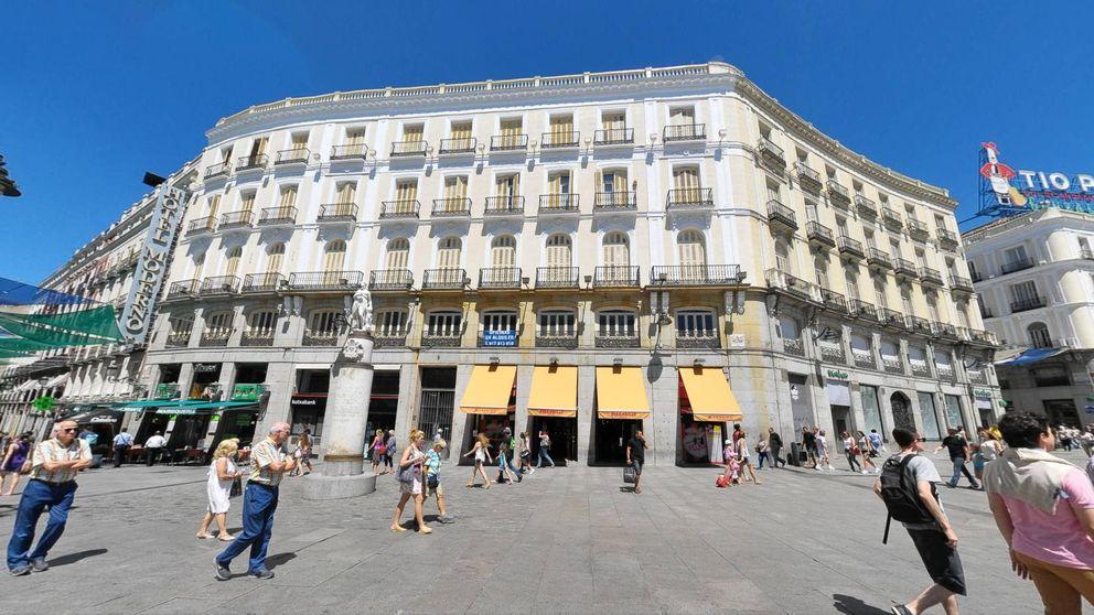 Un fondo buitre (Kennedy Wilson) se cuela en el centro de la Puerta del Sol
