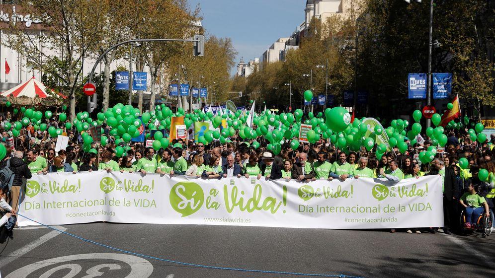 Foto: Cabecera de la 'Marcha por la vida' convocada este domingo en Madrid. (EFE)