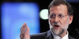 Rajoy da sus primeros pasos como presidente 'absoluto' el día que Camps se sienta en el banquillo