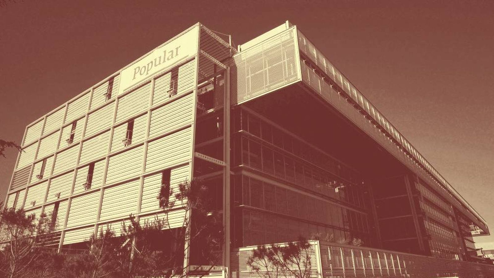 Foto: Antigua sede de Popular, ahora del Santander.