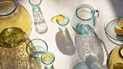 H&M renueva la decoración de nuestra mesa con estos vasos de vidrio reciclado