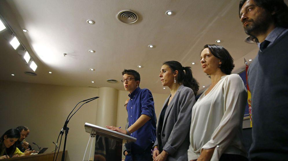Foto: Comparecencia de Podemos para anunciar el fin de las negociaciones con el PSOE. (EFE)