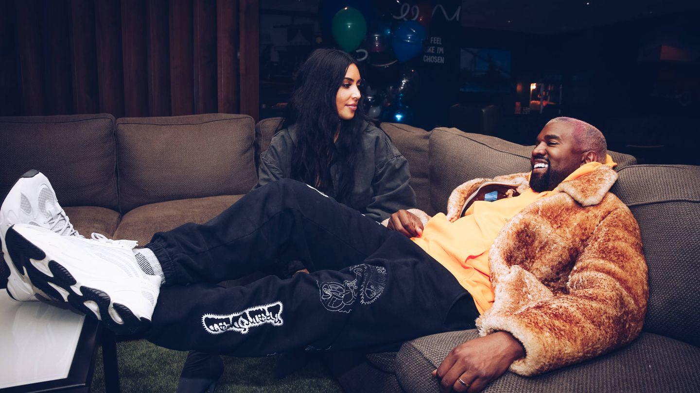 Kim Kardashian y Kanye West, en tiempos más tranquilos para ambos. (Getty)