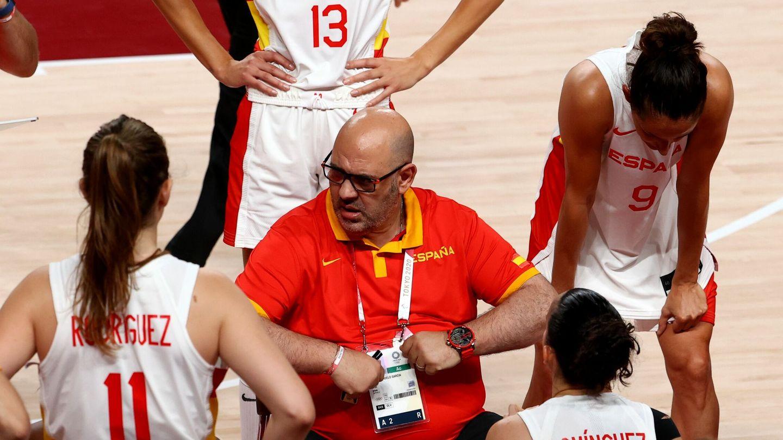 Mondelo dirige al equipo femenino en los Juegos Olímpicos de Tokio. (Reuters)