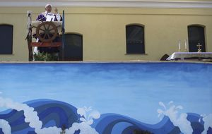 El Papa en Lampedusa. No sin mi látigo, Santidad