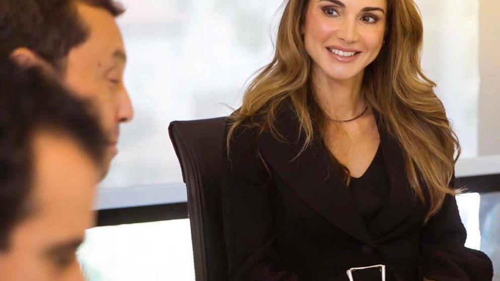 Ser romántica como Rania de Jordania cuesta 1.200 euros