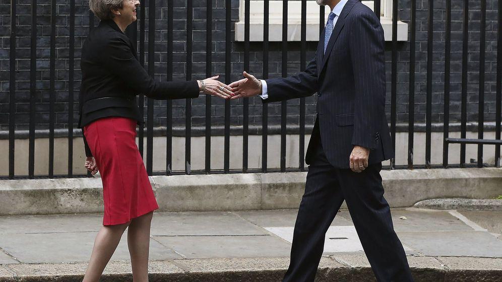 Foto: El Rey se reúne con Theresa May el 13 de julio. (EFE)