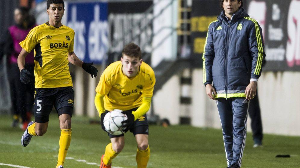 Foto  Santiago Solari durante un partido del Real Madrid juvenil en la UEFA  Youth League 86b1c727b08e0