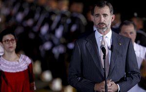 Felipe VI dedica su primer acto en Veracruz a la emigración española