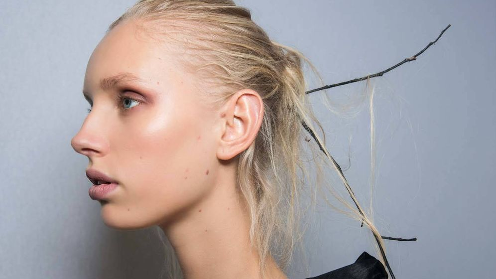 Foto: Alimenta a tu cabello en otoño. (Imaxtree)