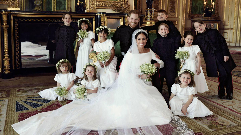 La pareja, con todos los pajes y damitas de honor. (Alexi Lubomirski)