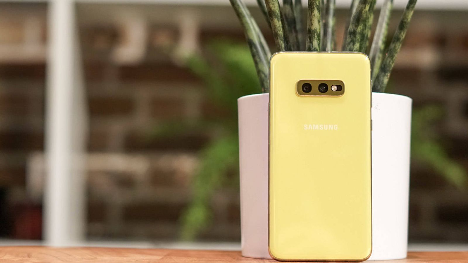 Foto: El nuevo Samsung Galaxy S10e. (M. Mcloughlin)