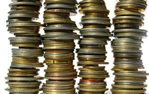 ¡A las ricas comisiones! Esto gana cada banco por fondos y pensiones