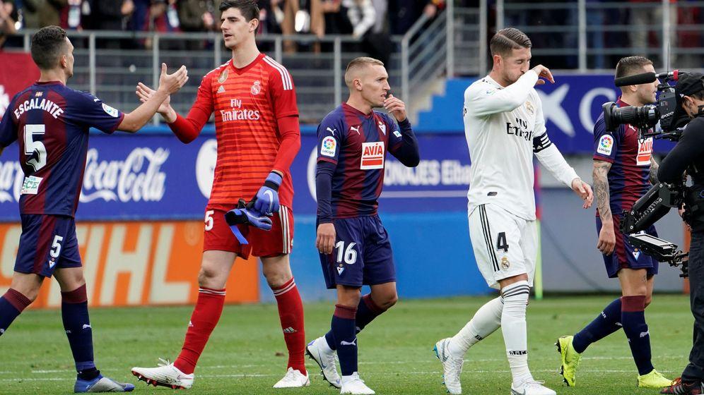 Foto: Courtois jugó un buen partido en Eibar, pero no fue suficiente para evitar la derrota del Real Madrid. (Reuters)