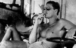 Errol Flynn: entre el sexo, las adicciones y la 'jet set' de Mallorca