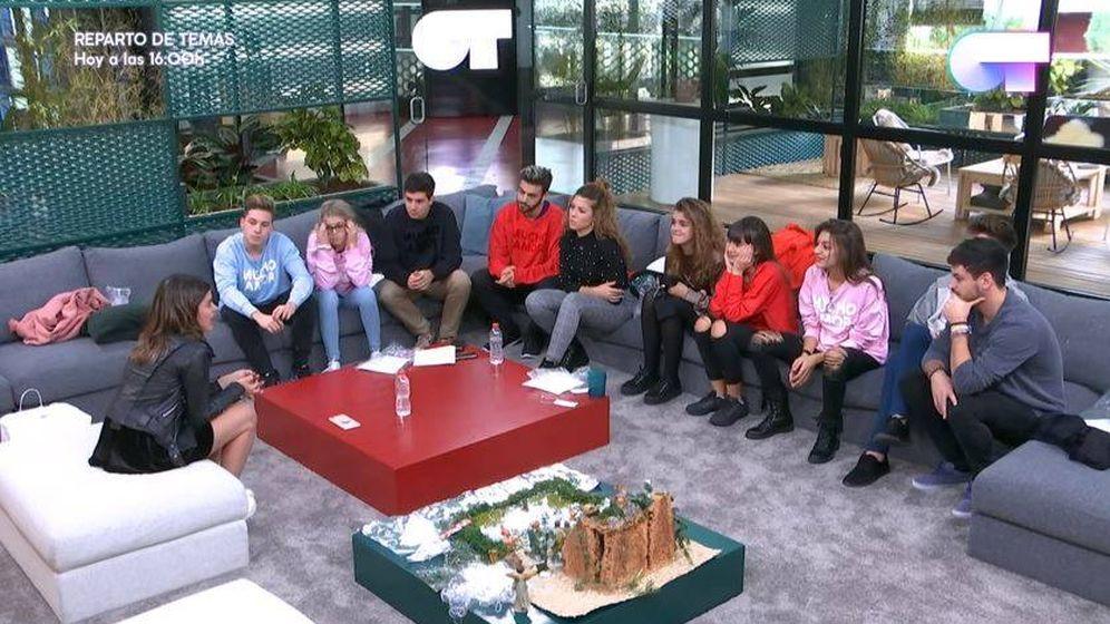 Foto: Dulceida visita la academia de 'Operación Triunfo'.
