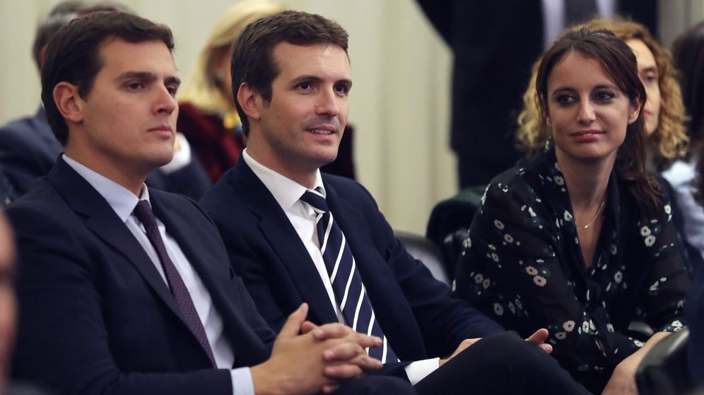 Foto: El líder de Ciudadanos, Albert Rivera, y el líder del PP, Pablo Casado. (EFE)