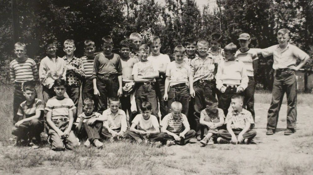 Foto: Niños participantes en el experimento de Robbers Cave, un bosque del sudeste de Oklahoma