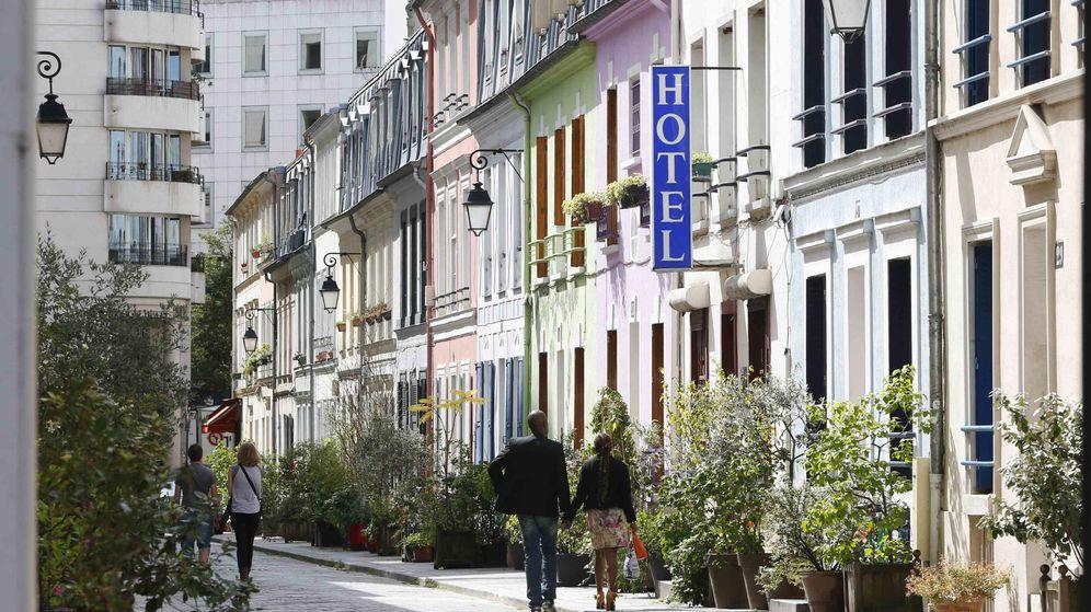Foto: Rue Crémieux, una de las calles más populares del Distrito XII de París. (Reuters)