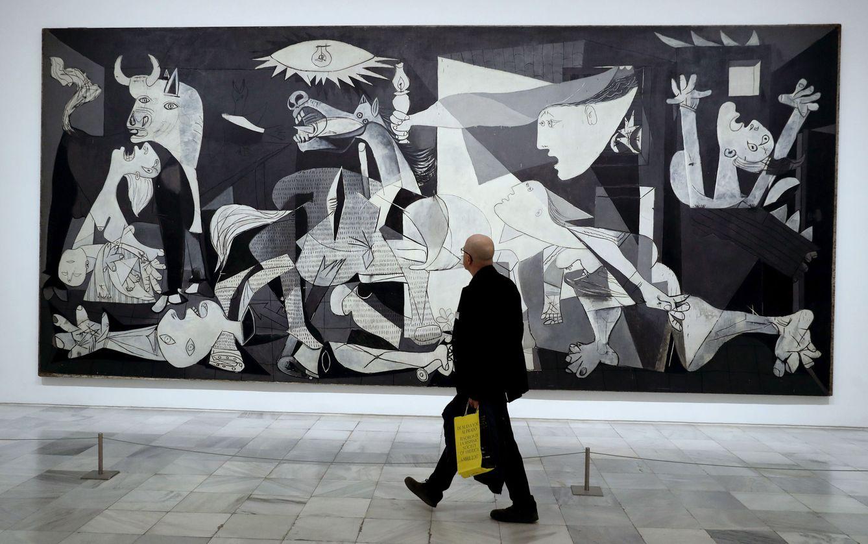 Foto: Picasso y el 'Guernica', 80 años contemplando el horror de la guerra