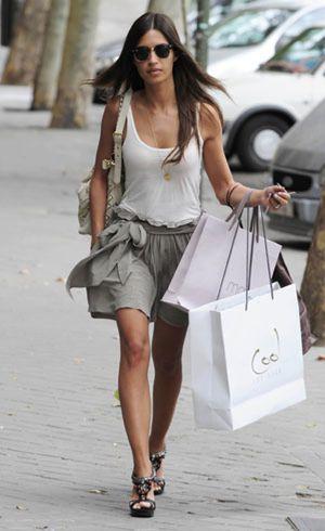 Sara Carbonero, por la puerta trasera de un Zara