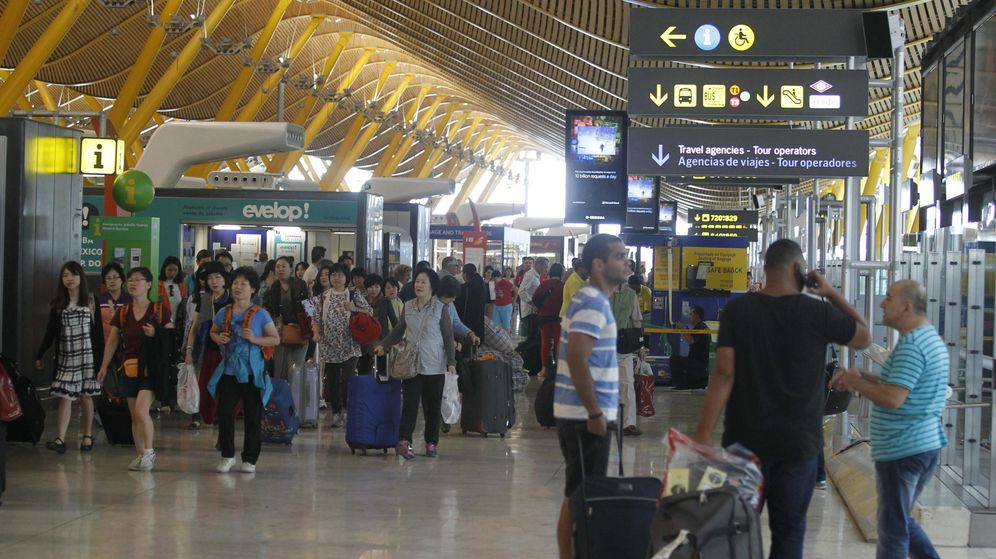 Foto: Terminal 4 del aeropuerto de Barajas. (EFE)