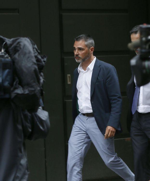 Foto: El empresario Alejandro de Pedro a su salida de la Audiencia Nacional. (EFE)