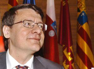 Jordi Sevilla se queda solo en la aplicación del 'Plan Concilia' en la Administración