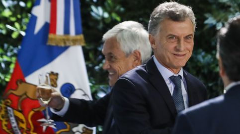 Argentina pide apoyo financiero al FMI para detener el desplome del peso