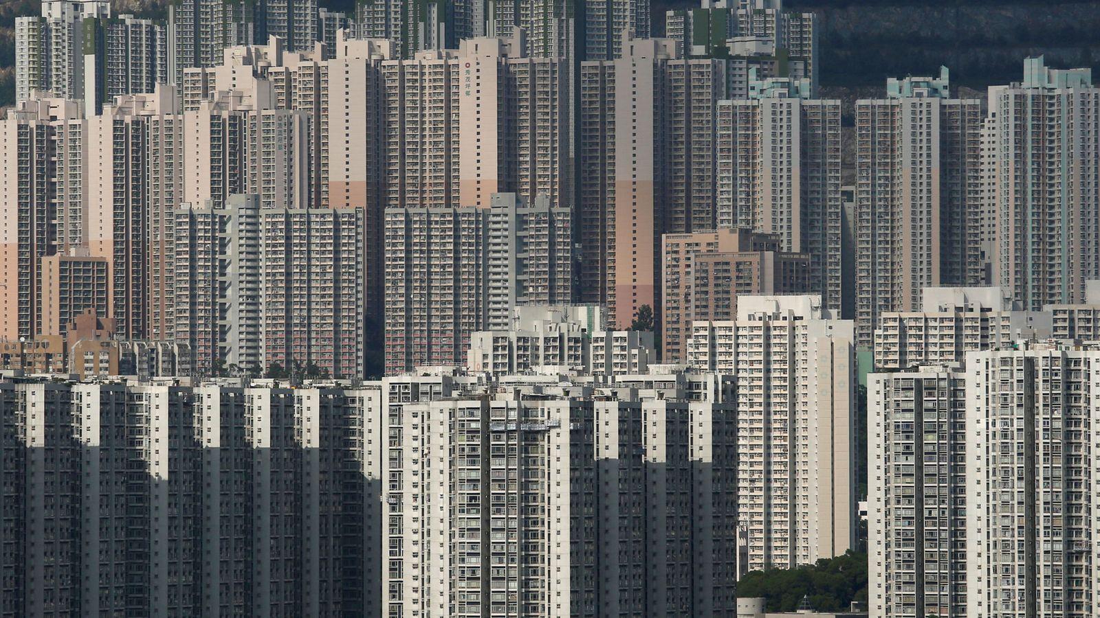 Foto: Imagen de los bloques de edificios de Hong Kong, que se han quedado cortos para albergar a tantos ciudadanos. (Reuters)