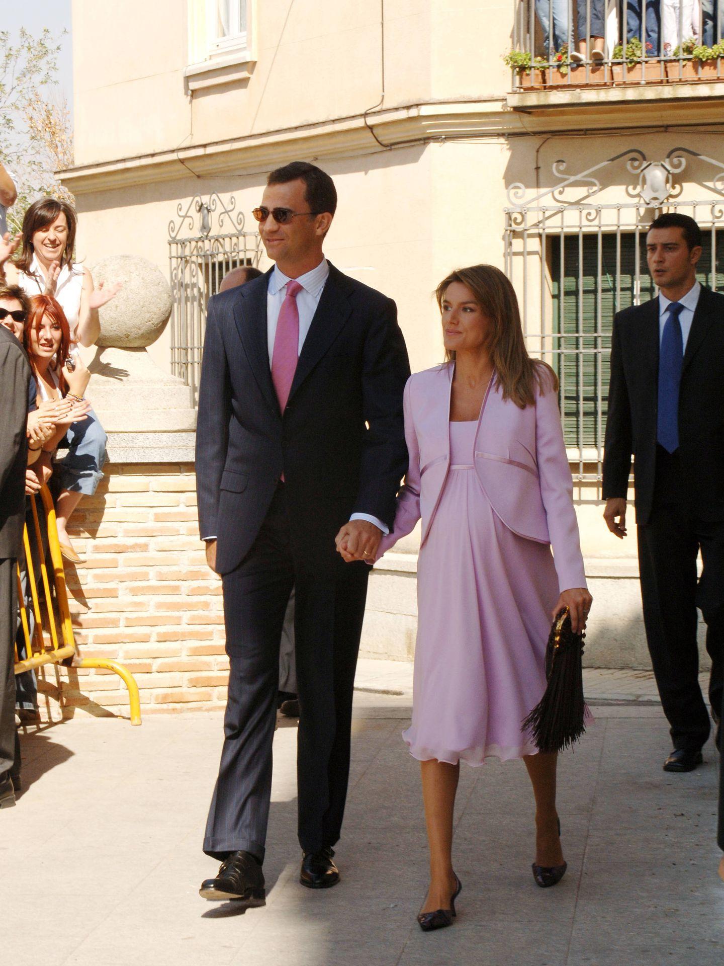 Los Reyes de España en la boda de Nathalie Picquot y Álvaro Fernández de Araoz Gómez-Acebo. (Korpa)