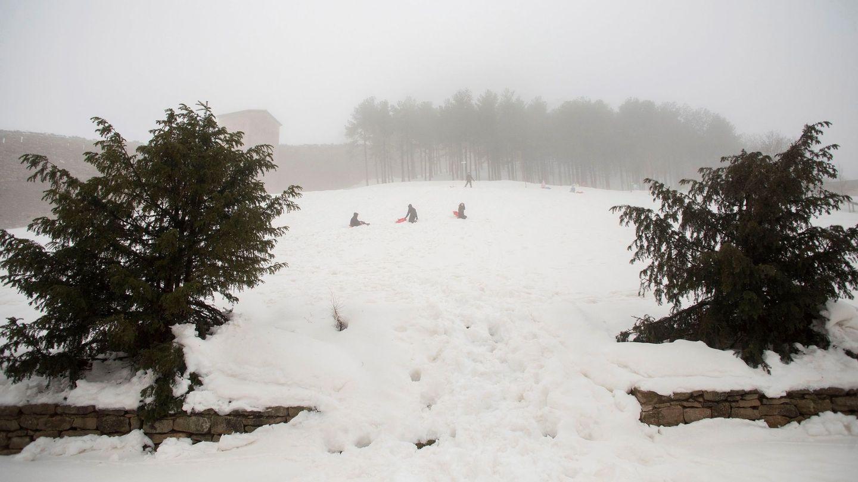Una gran nevada en Els Ports y El Maestrat. (EFE)