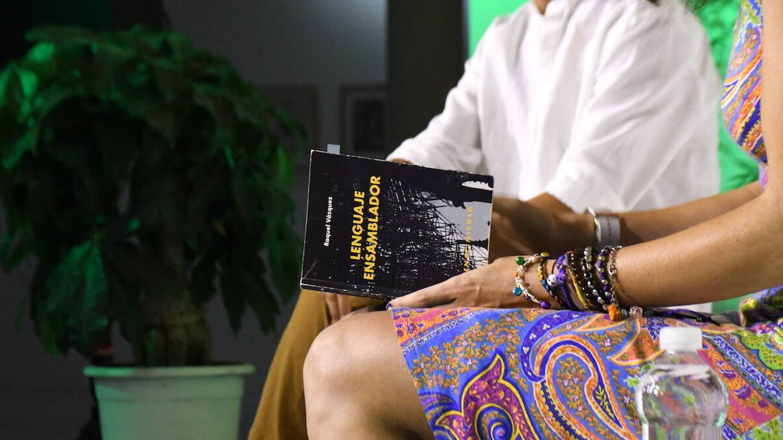 Raquel Vázquez recitó poemas de 'Lenguaje Ensamblador' | Marpoética