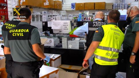 Encuentran 13.000 artículos de telefonía falsificados en el polígono Cobo Calleja