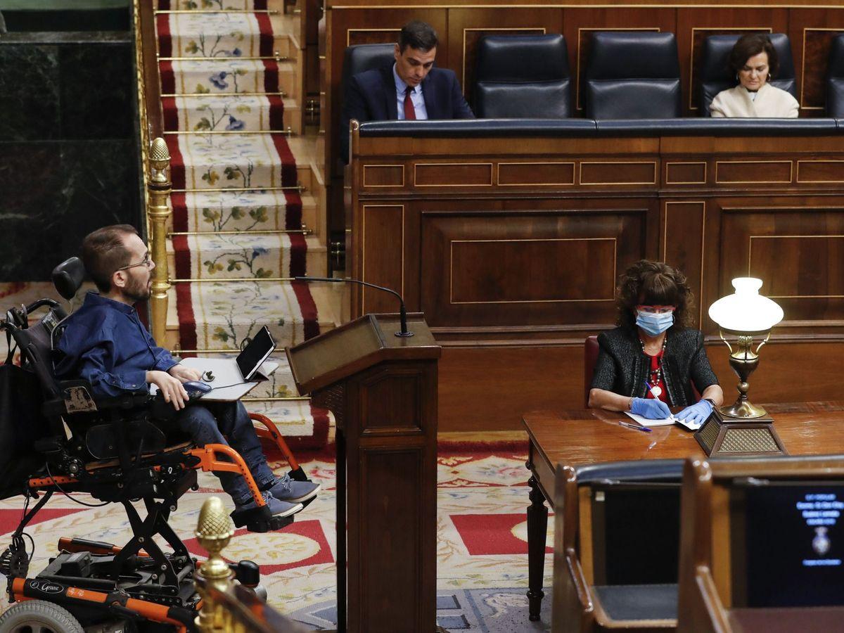 Foto: El portavoz de Unidas Podemos, Pablo Echenique, durante su intervención en el pleno del Congreso. (EFE)