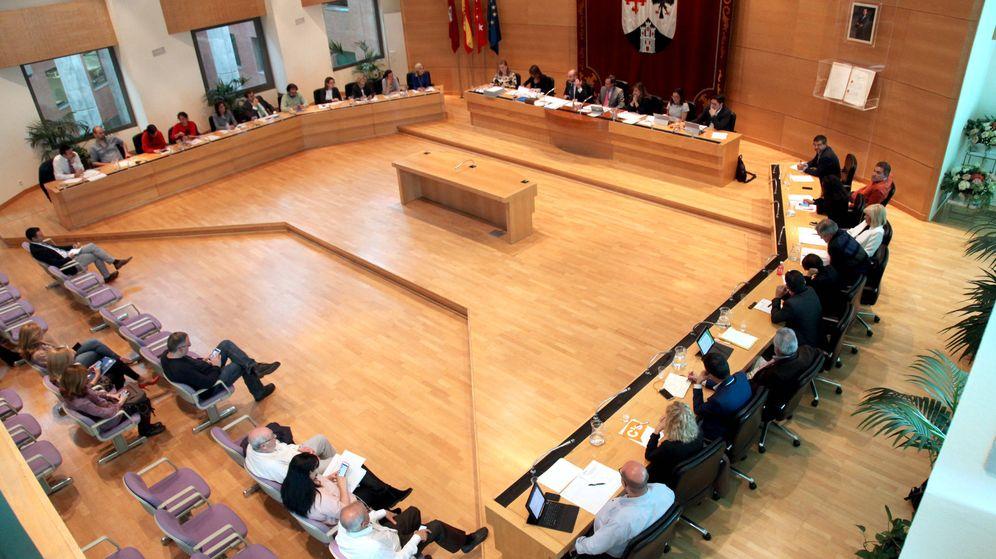 Foto: Pleno municipal del Ayuntamiento de Alcobendas. (EFE)