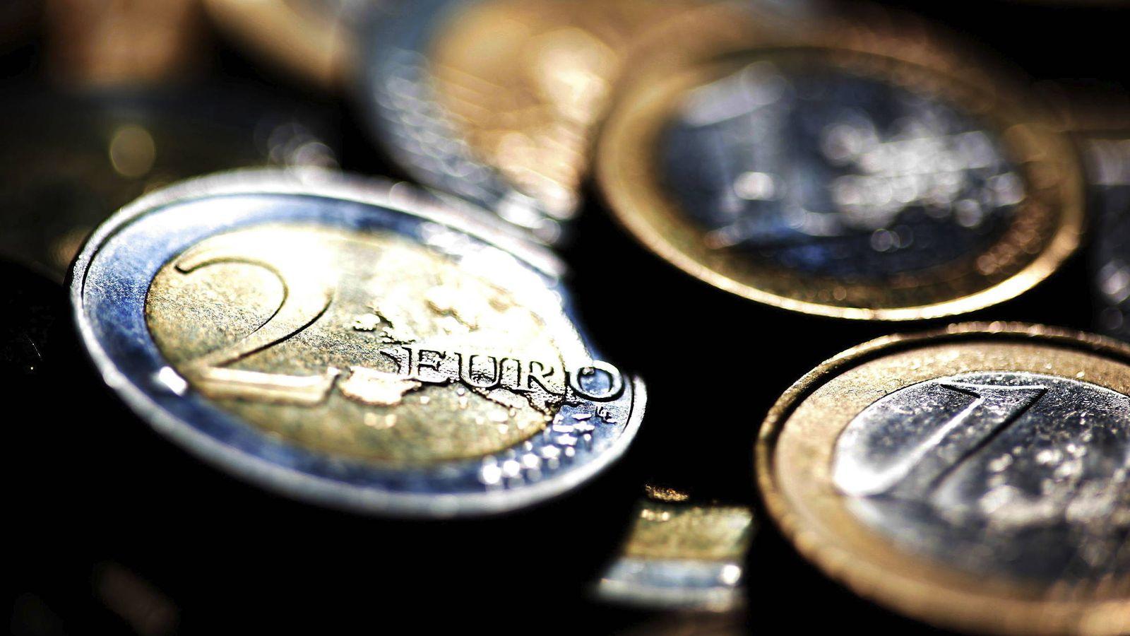 Foto: Detalle de varias monedas de euro. (EFE)