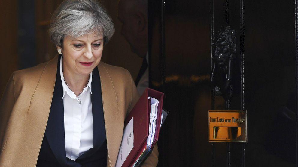 May pide unidad a los británicos y Tusk minimizar la incertidumbre