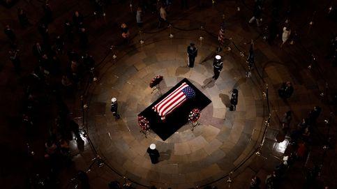 El estremecedor saludo del hijo de JFK y otros funerales históricos de EEUU
