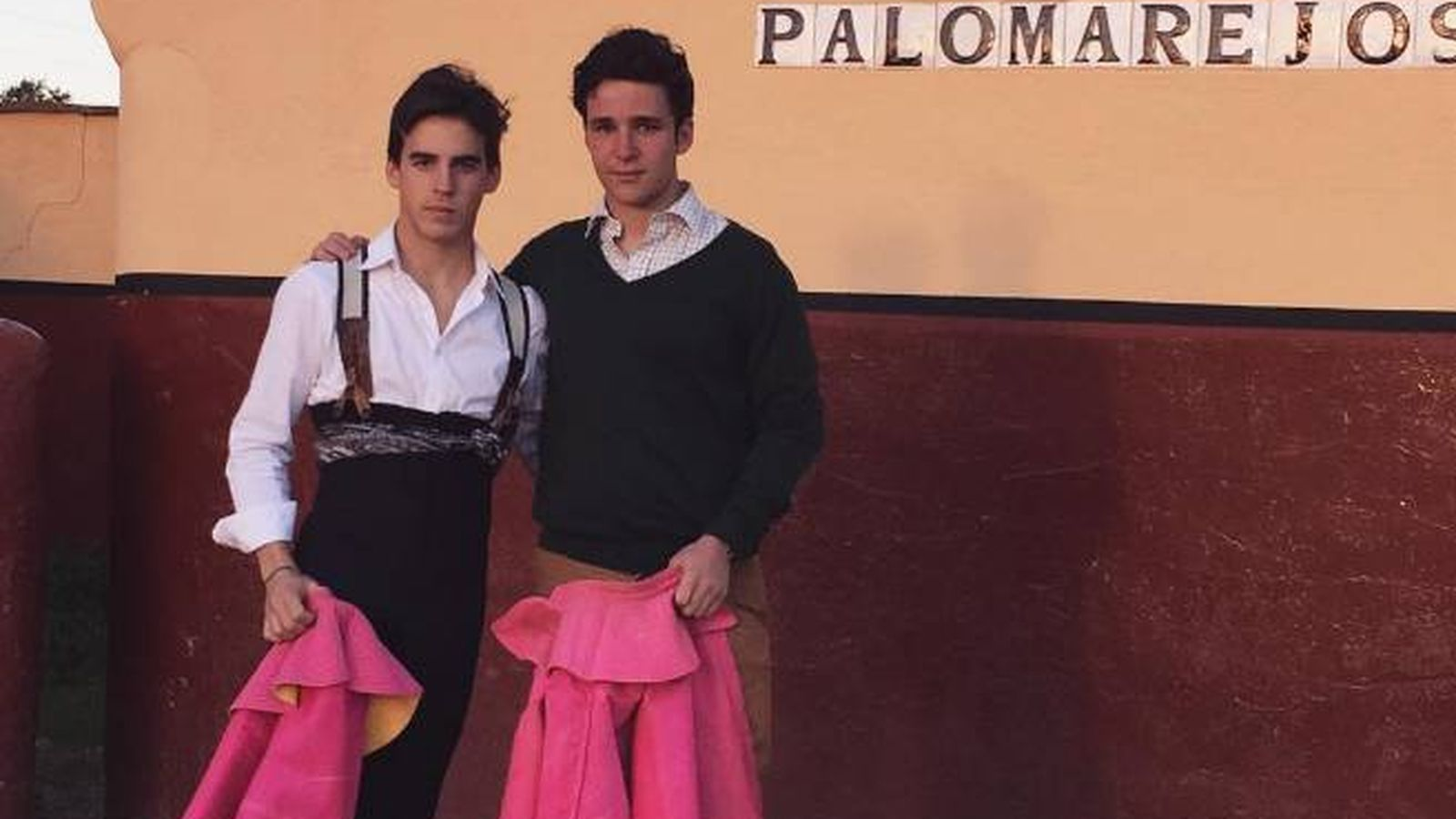 Foto: Froilán tras torear con su amigo (Instagram)