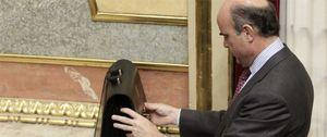 Foto: Economía avisa a los bancos interesados: Catalunya Banc se venderá sin EPA