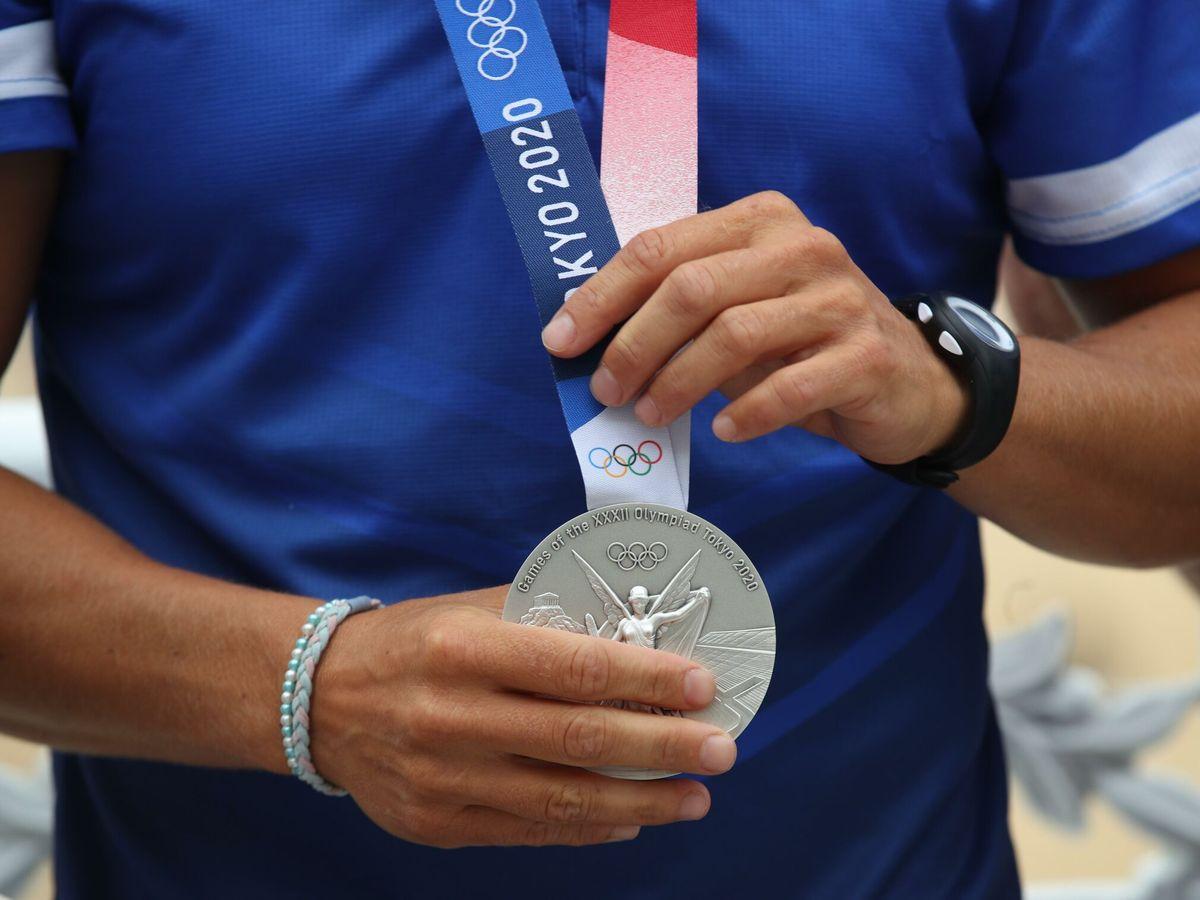 Foto: Medalla de Maialen Chourraut. (EFE)