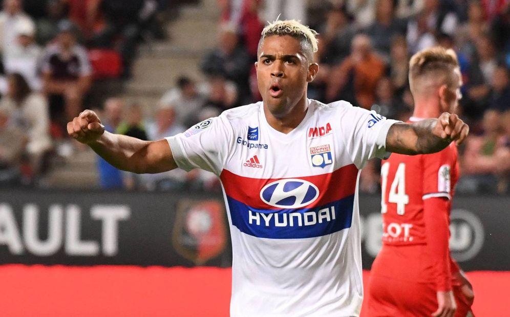 Foto: Mariano celebra un gol con el Lyon. (Imago)